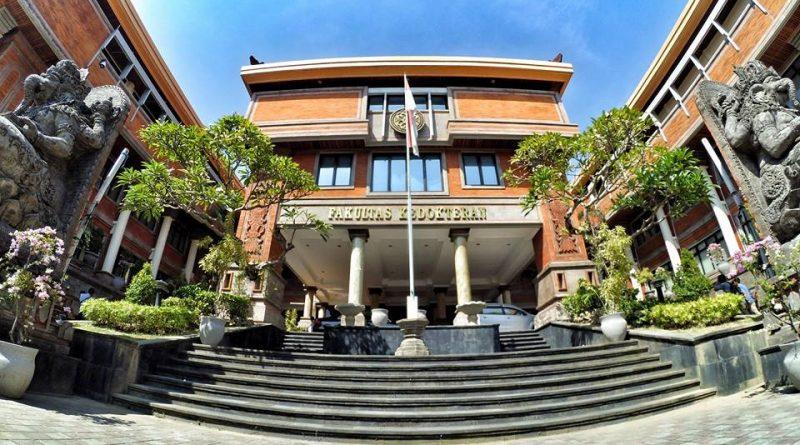 Universitas di Bali